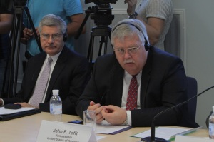 John Tefft, US Ambassador (right), and Jessie Pilgrim, ODIHR legal expert,