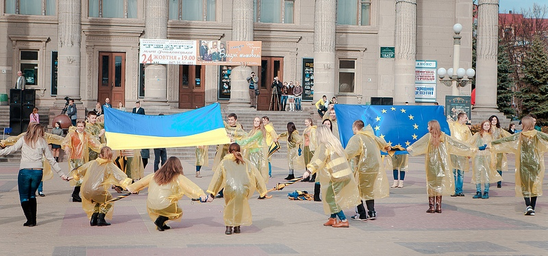 Ternopil flash mob highlights importance of building Europe in Ukraine