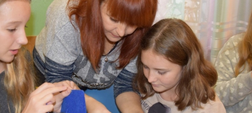 How Valentyna of Horlivka opened a handmade products shop after the VKontakteban
