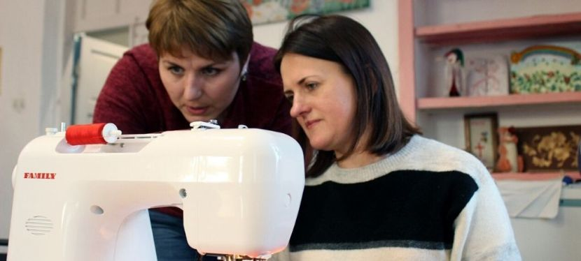 EU-supported coworking spaces of Baranivka ATС produce protective equipment